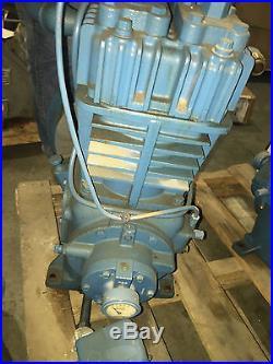 325 Quincy Compressor Pumps Two Air Compressor Pumps