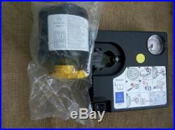 Mercedes-Benz Air Tire Pump Compressor (Tirefit) 0005832202 portable for car kit